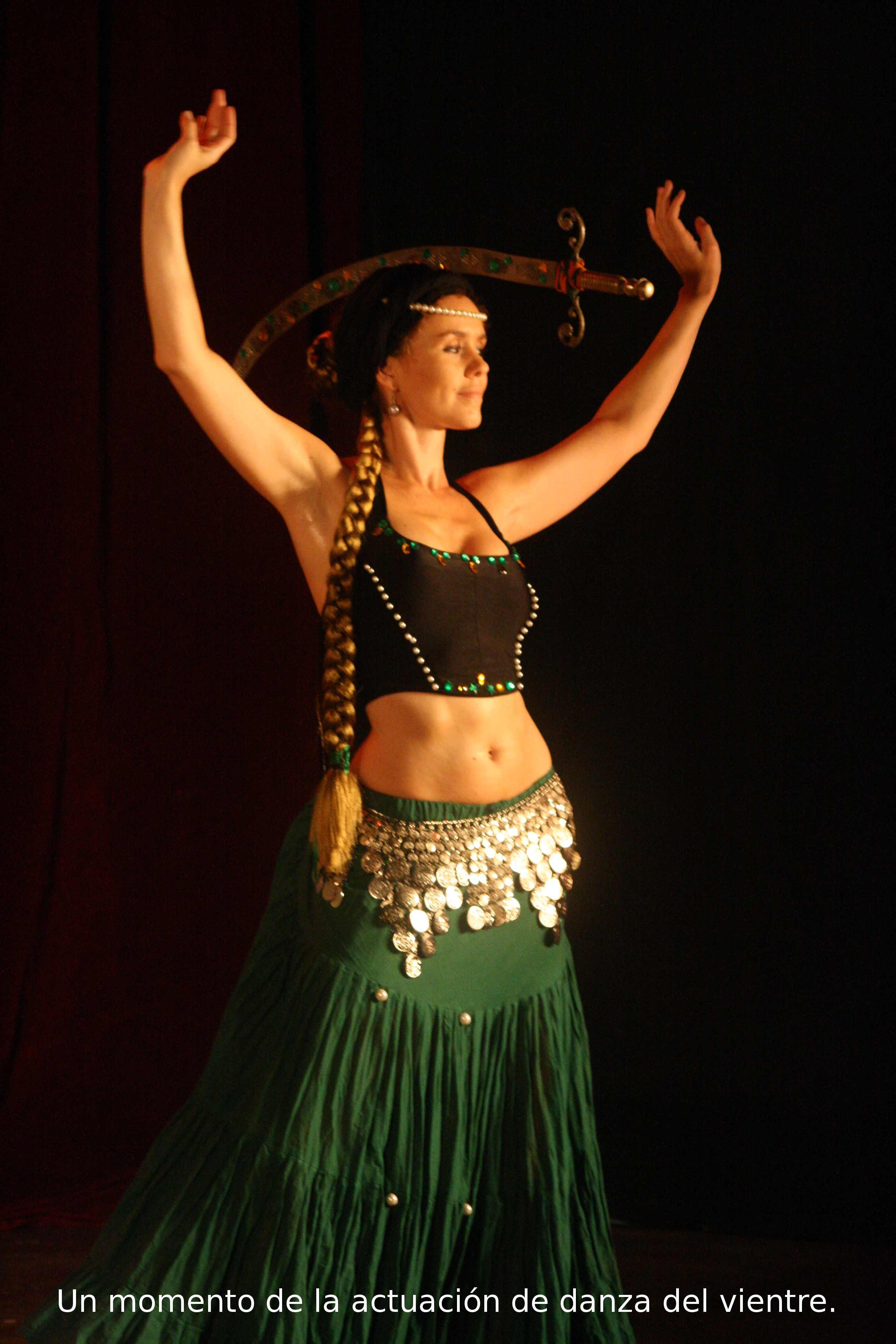 Sexy danza del vientre egipcio